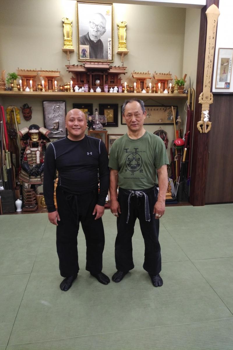 Fernando mit Nagato Sensei bei seinem ersten Training in Japan
